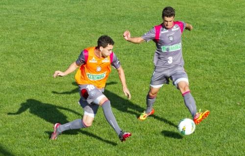 Atacante Caio ganha uma nova chance no time titular do Figueirense contra o Atlético-GO