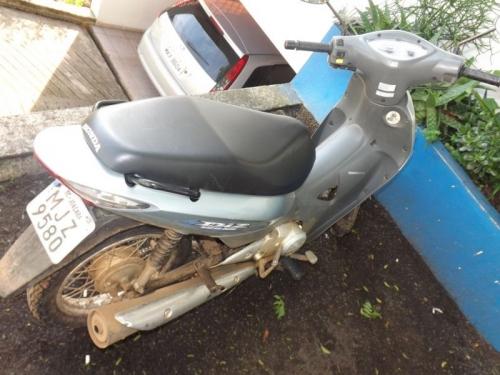Pescador encontra moto furtada em Herval d'Oeste