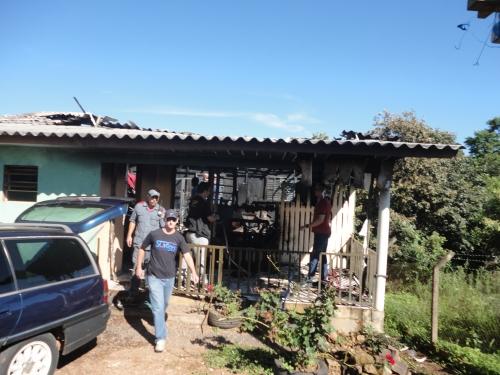 Duas crianças morrem queimadas em incêndio