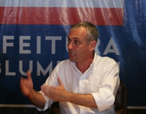 Ex-prefeito de Blumenau assume presidência do Badesc