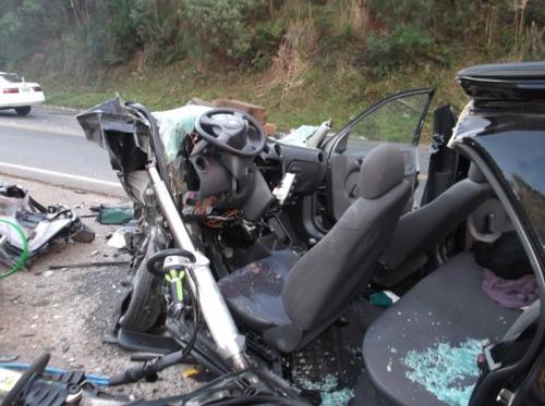 Três pessoas morrem e cinco ficam feridas em acidente na BR-470 em Brunópolis