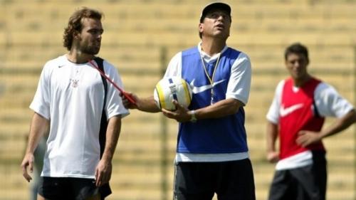 Roger errou pênalti de propósito contra o Figueirense na Copa do ...