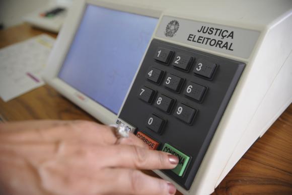 Dezoito pessoas podem votar usando o nome social em Joinville – Foto: Fábio Pozzebom/Agência Brasil/Divulgação