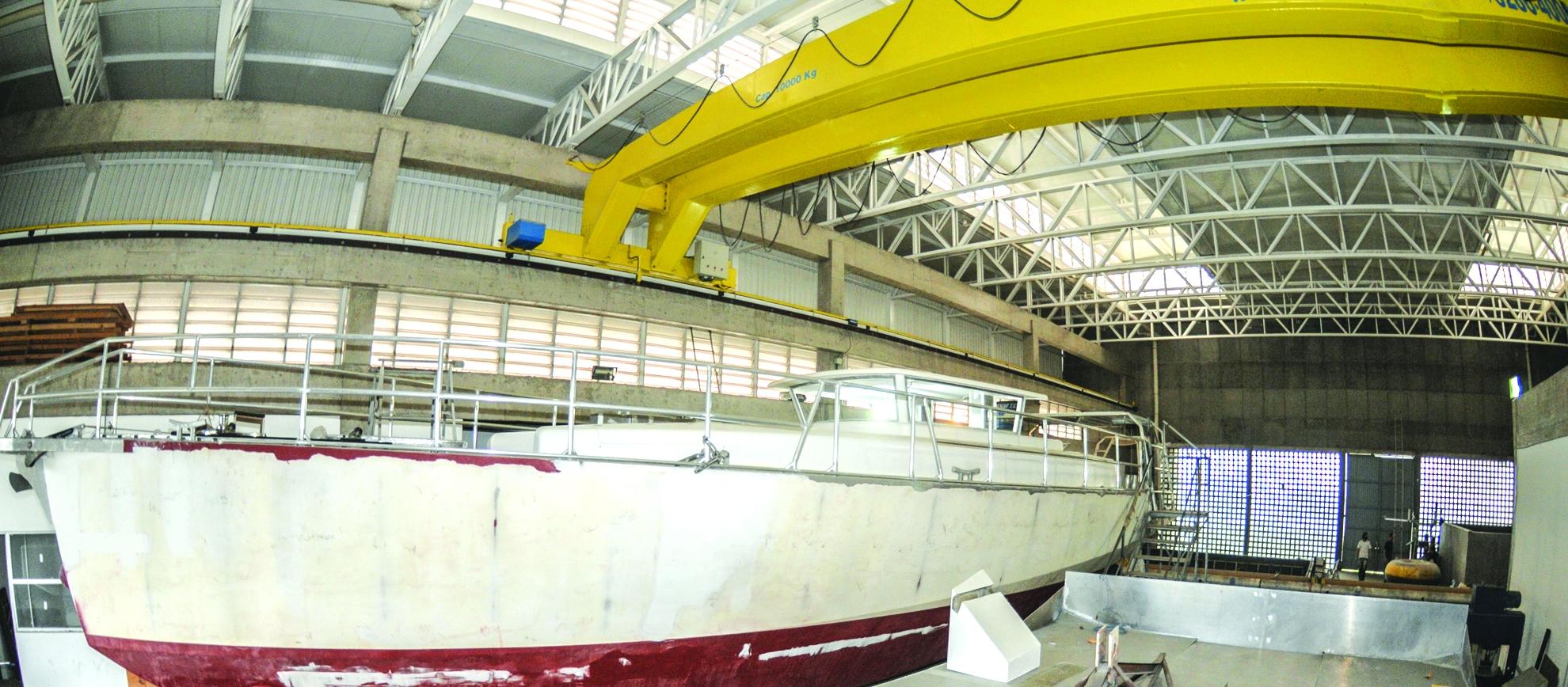 Veleiro produzido na UFSC vai fazer pesquisas oceânicas - Eduardo Valente