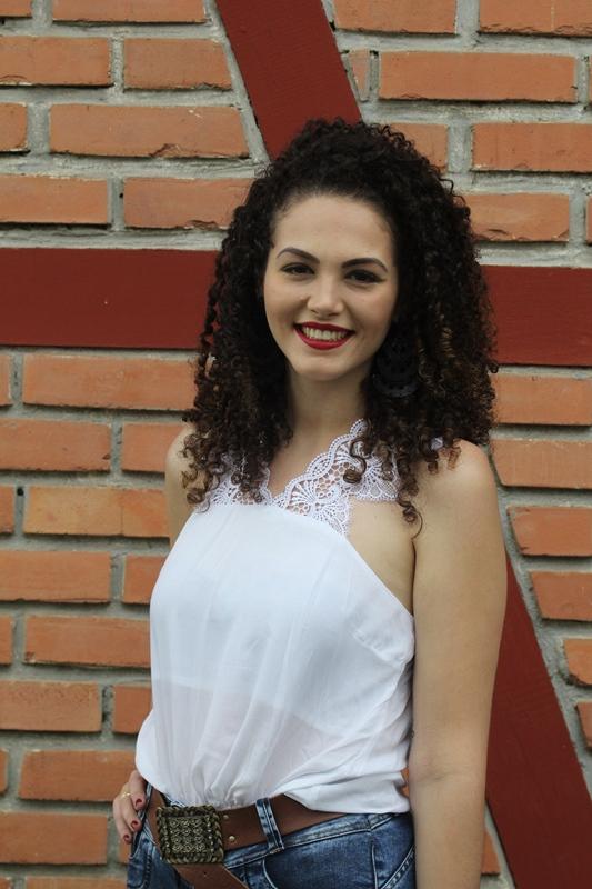 Driele Cristina de Andrade, 23 anos, estudante de engenharia química - Fabrício Porto/ND