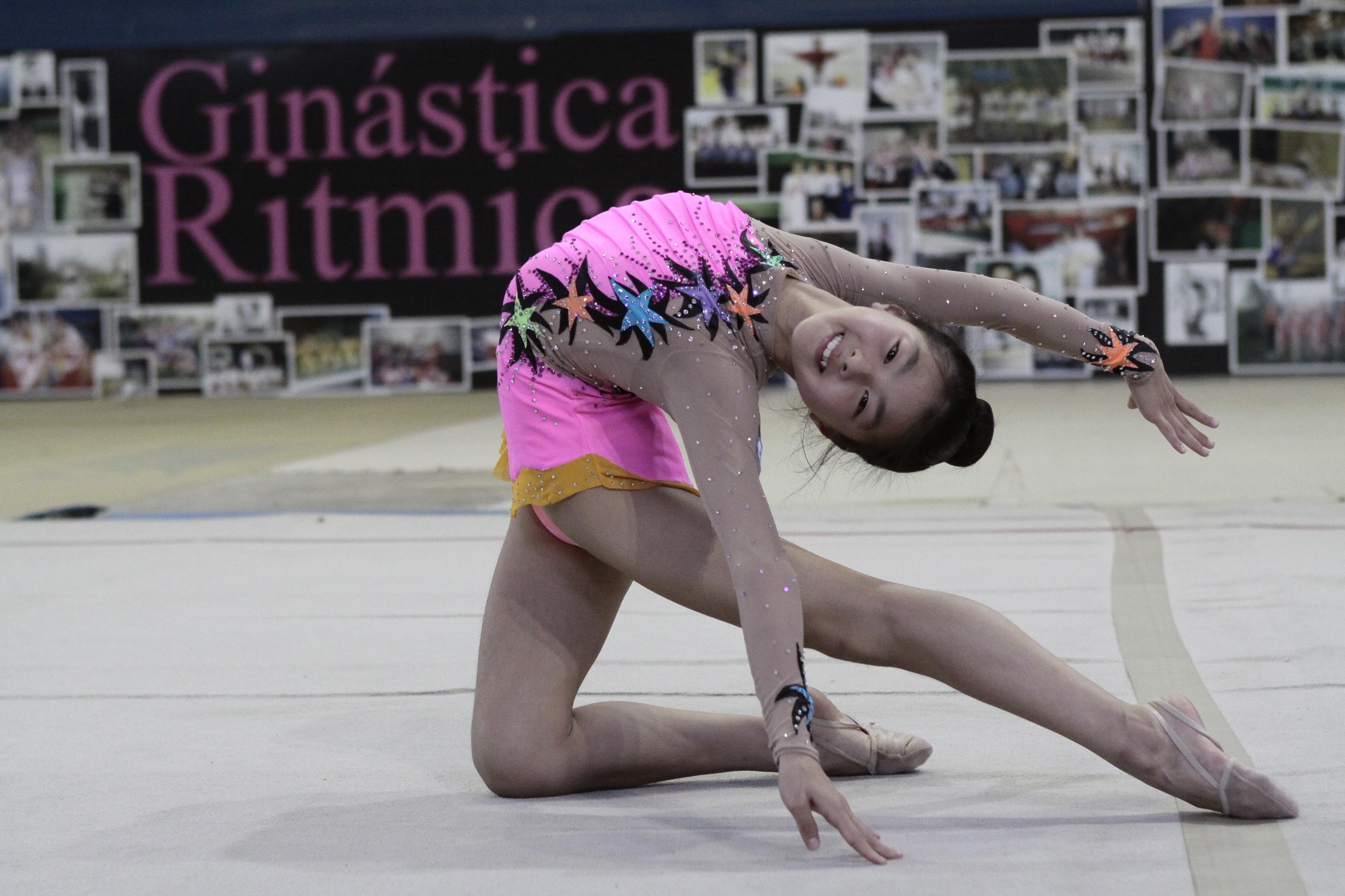 Mariany Miyamoto é destaque da ginástica rítmica de Joinville - Luciano Moraes/Arquivo/ND