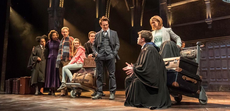 """O elenco da peça """"Harry Potter and the Cursed Child"""" no Palace Theatre - Divulgação/ND"""
