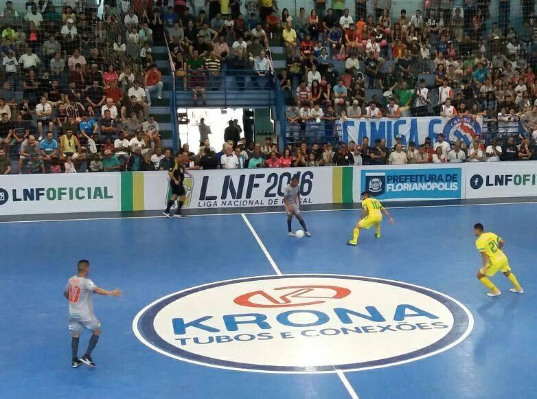 Floripa Futsal é goleado pelo Copagril-PR - Renan Schlickmann/Divulgação/ND
