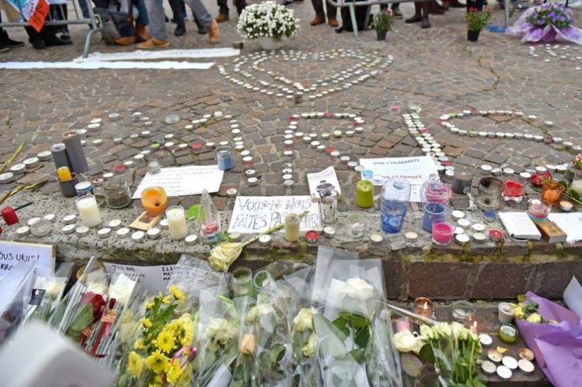 Ataque terrorista a Paris completou um ano - Prefeitura de Lillie/França