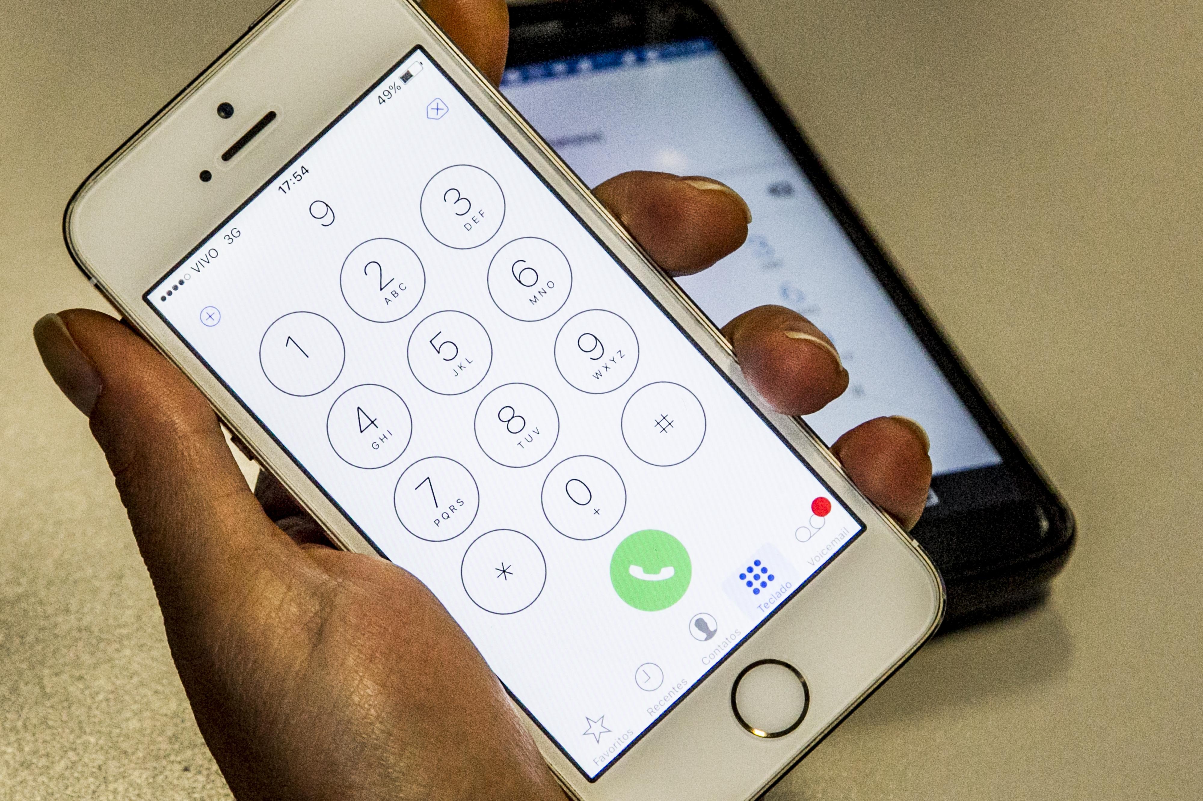 A partir deste domingo, todos os telefones celulares do Sul do Brasil passarão a ter nove dígitos - Marco Santiago/ND