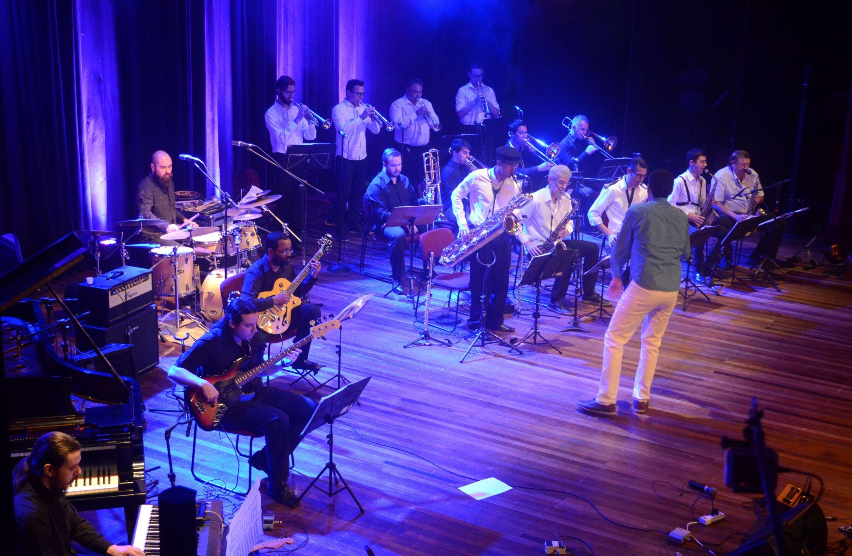 Músicos executam um variado leque de propostas estilísticas que vai do jazz ao maracatu - Divulgação/ND