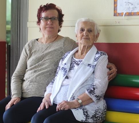 Tânia e a mãe, a ex-professora Wanda Piazera Jahn - Fabrício Porto/ND