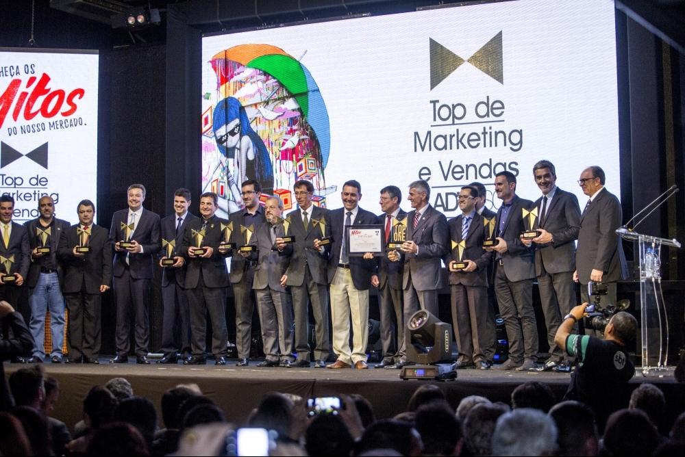 Os vencedores do Prêmio Top de Marketing e Vendas da ADVB/SC, premiados na noite desta terça-feira - Daniel Queiroz/ND