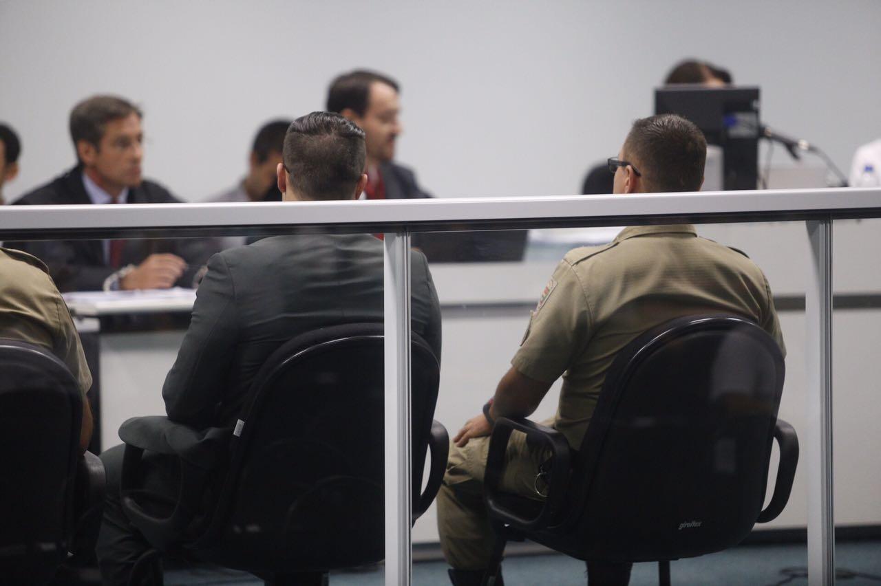 O ex-PM Mota entrou para a audiência às 9h40 e aparentava tranquilidade - Flávio Tin/ND