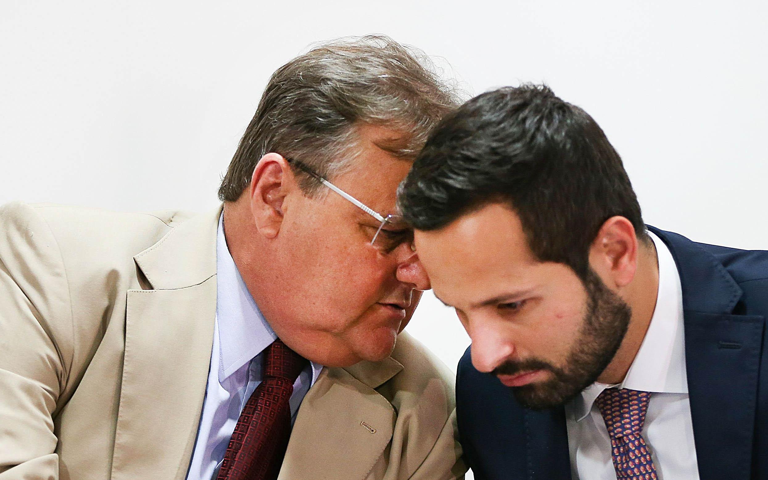 Marcelo Calero (à dir.) pede demissão e acusa Geddel Vieira Lima de pressão - Marcelo Camargo/Agência Brasil/ND