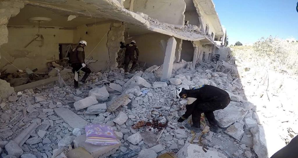 Aleppo ficou completamente arrasada e população encurralada pela guerra - Civil Defense Idlib/Divulgação/ND