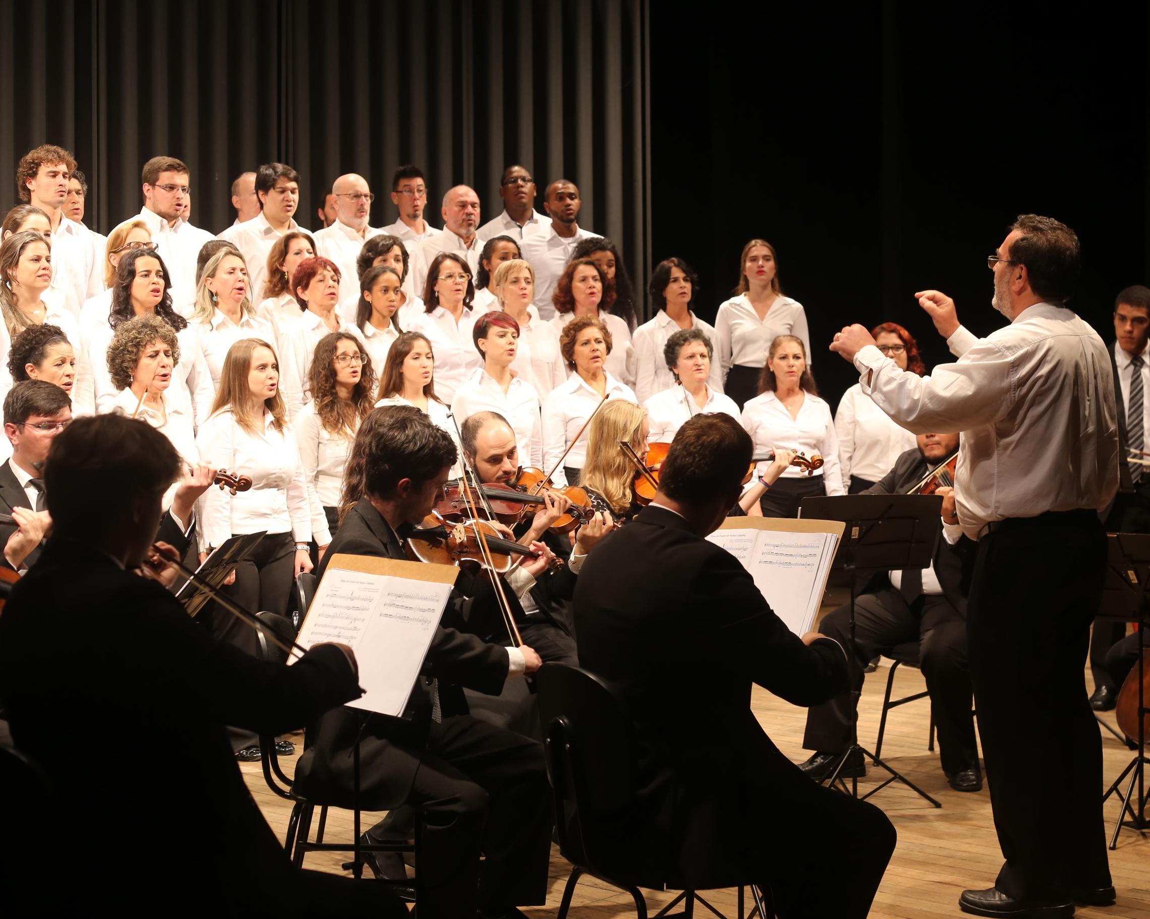 Coral e Orquestra da Udesc apresentam concerto de fim de ano em Florianópolis - Divulgação/ND