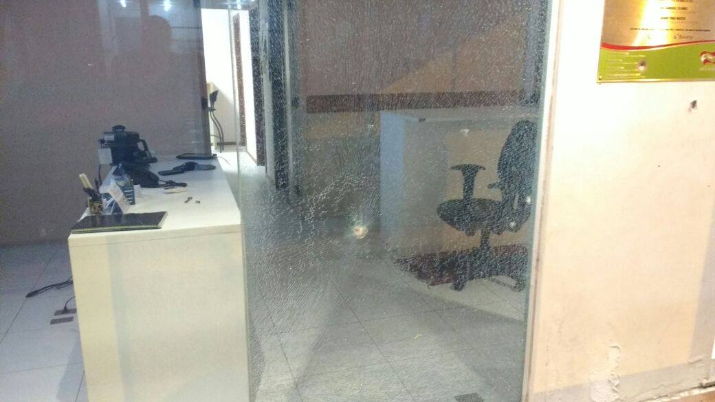 Posto da PM na Agronômica recebeu vários tiros na noite desta segunda - Divulgação/ND
