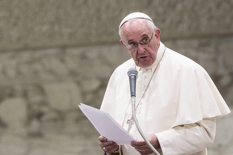 papa francisco ora por afetados pela covid-19 em Manaus