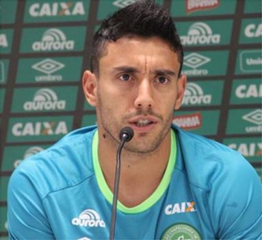 Alan Ruschel foi sondado, mas destaca que quer permanecer na Chapecoense – Foto: (foto:Divulgação/Chapecoense)