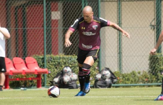 Maicon é uma das peças garantidas para o jogo de domingo - (Foto: Igor Amorim/saopaulofc.net)