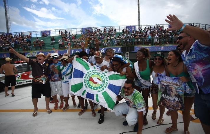 Comemoração da Unidos da Coloninha, vencedora do Carnaval de Florianópolis - Daniel Queiroz/ND