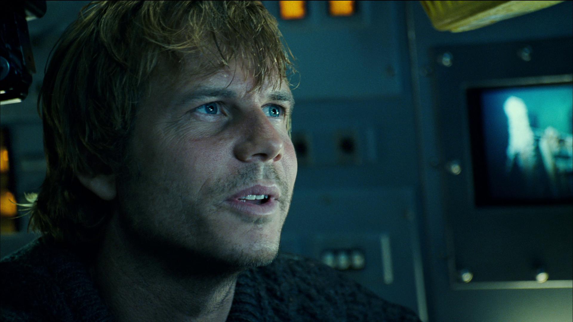 Em Titanic, Bill Paxton era um explorador que buscava joias nos destroços do navio - Divulgação/ND