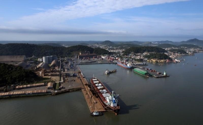 Porto de São Francisco do Sul está entre os 10 principais do país - Airton Fernandes / Secom