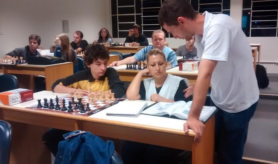 O Núcleo de Estudos em Xadrez e Tecnologias está com 30 vagas abertas - Next/Divulgação