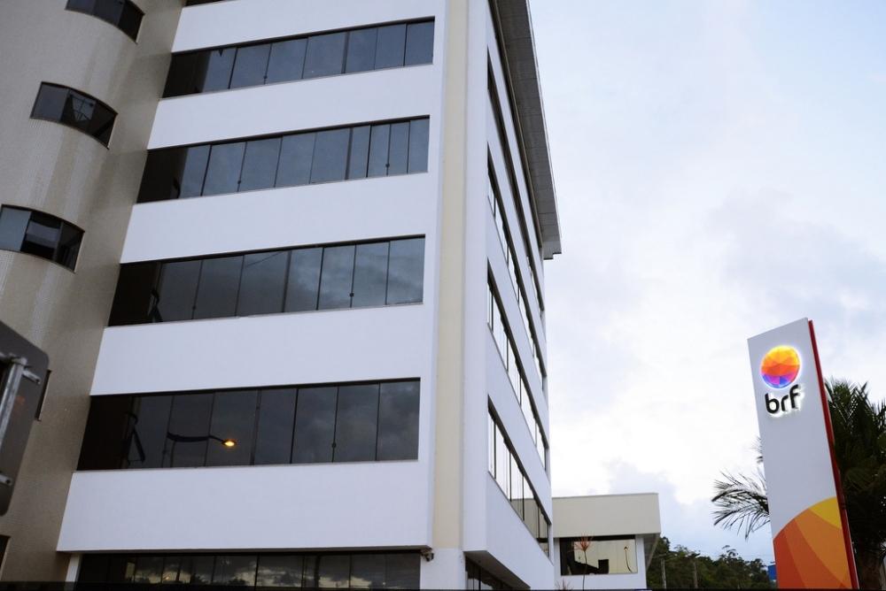 Gigante global BRF, que tem sede em Itajaí, é uma das empresas investigadas na Operação Carne Fraca - Divulgação/ND
