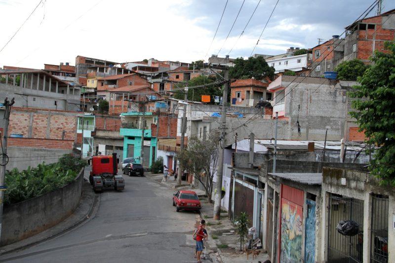 Periferia: um mundo à parte no contexto socioeconômico brasileiro – Foto: Divulgação Pixabay