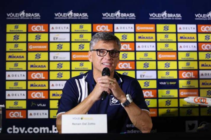 Renan Dal Zotto já havia convocado 12 atletas para treinamentos (Foto: Divulgação/cbv) – Foto: Divulgação/CBV