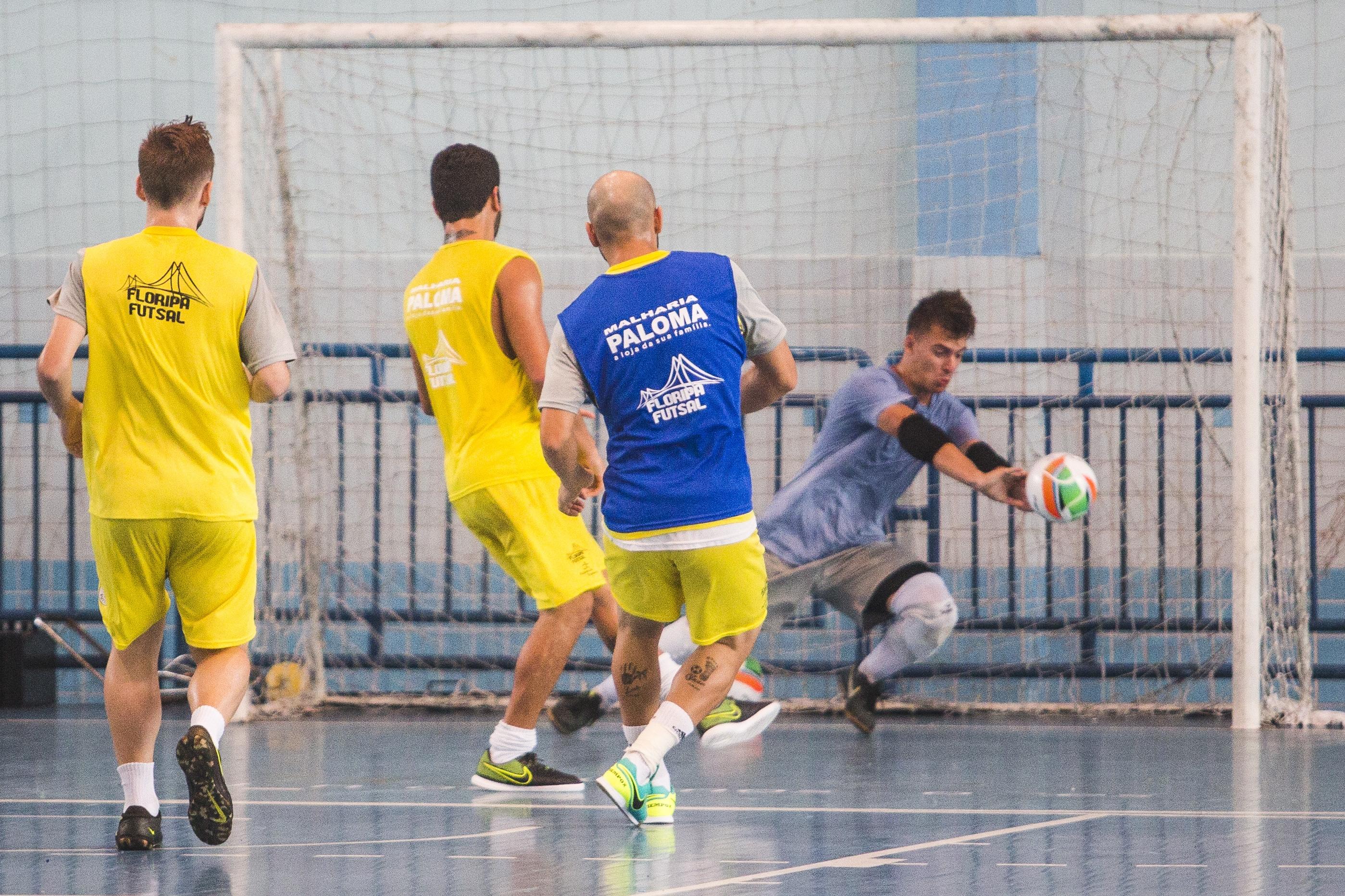 Floripa está na reta final da preparação para estreia no Estadual - Daniel Queiroz/ND