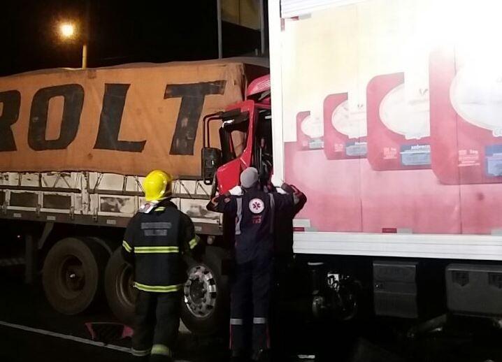 O acidente aconteceu no km 438 da BR-101 - PRF-SC/Divulgação