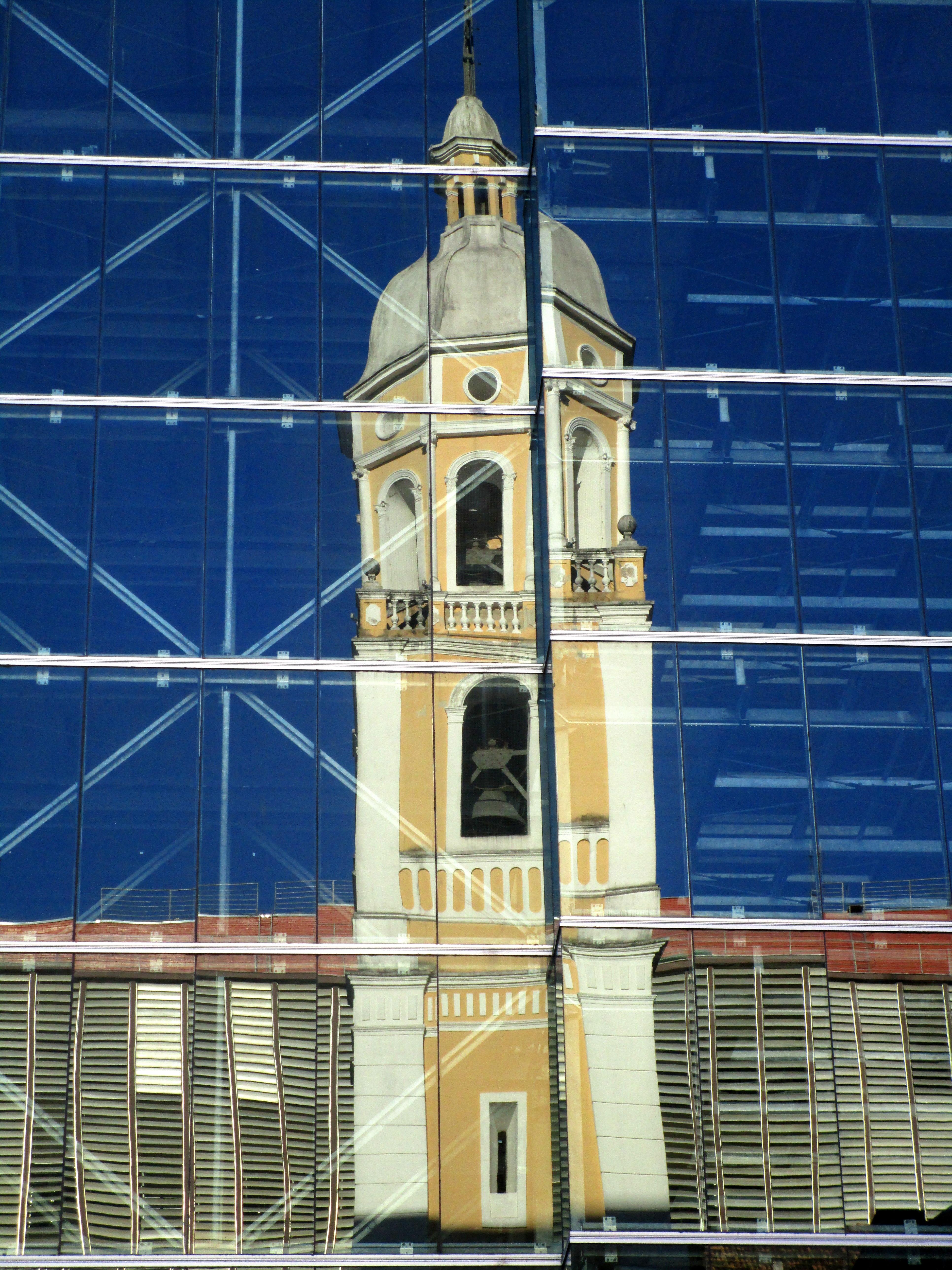 Catedral Metropolitana esconderia um misterioso túnel de ligação até o Maciço do Morro da Cruz - Carlos Damião