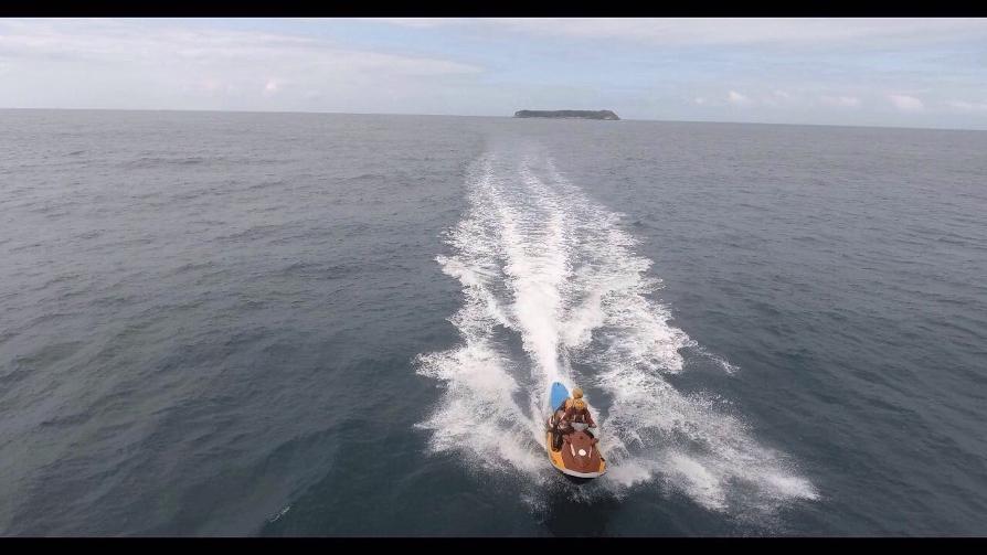 Uma moto aquática foi utilizada para resgatar o surfista - Divulgação/Corpo de Bombeiros/ND