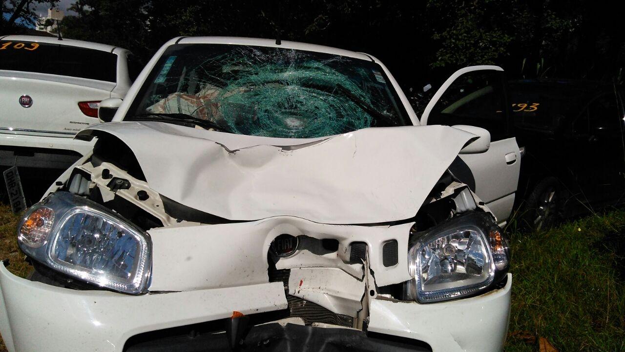 Veículo foi levado para o pátio da 5ª delegacia de polícia, na Trindade - Colombo Souza/ND