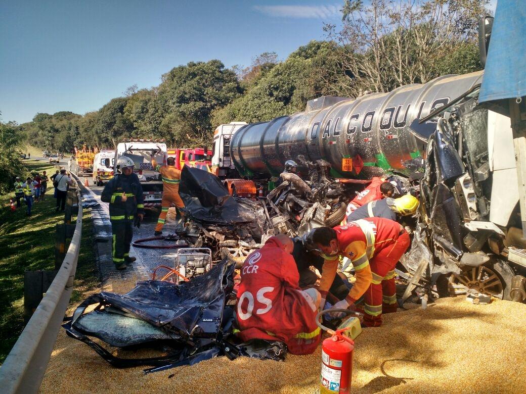 Acidente deixou seis vítimas fatais na BR-277, no Paraná - PRF/Divulgação/ND