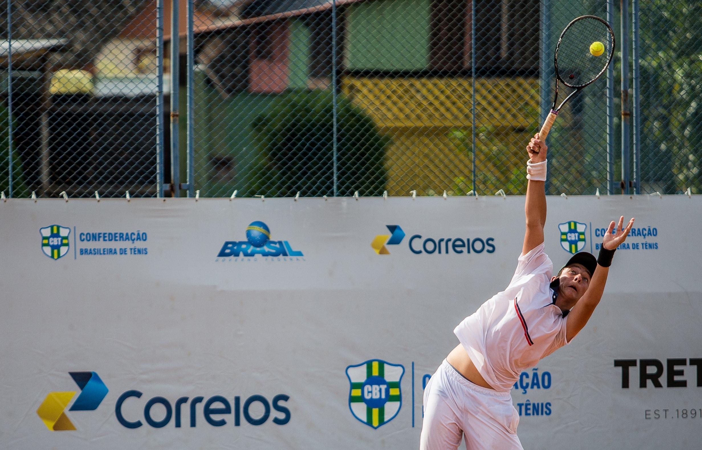 Leonardo demonstrou técnica apurada, bom preparo físico e raça em quadra - Daniel Queiroz