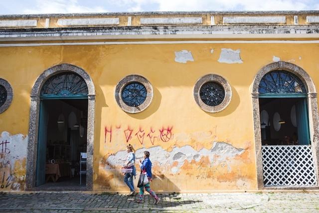 Prédio da Alfândega, uma das mais belas construções do Centro, em situação precária - Daniel Queiroz/ND