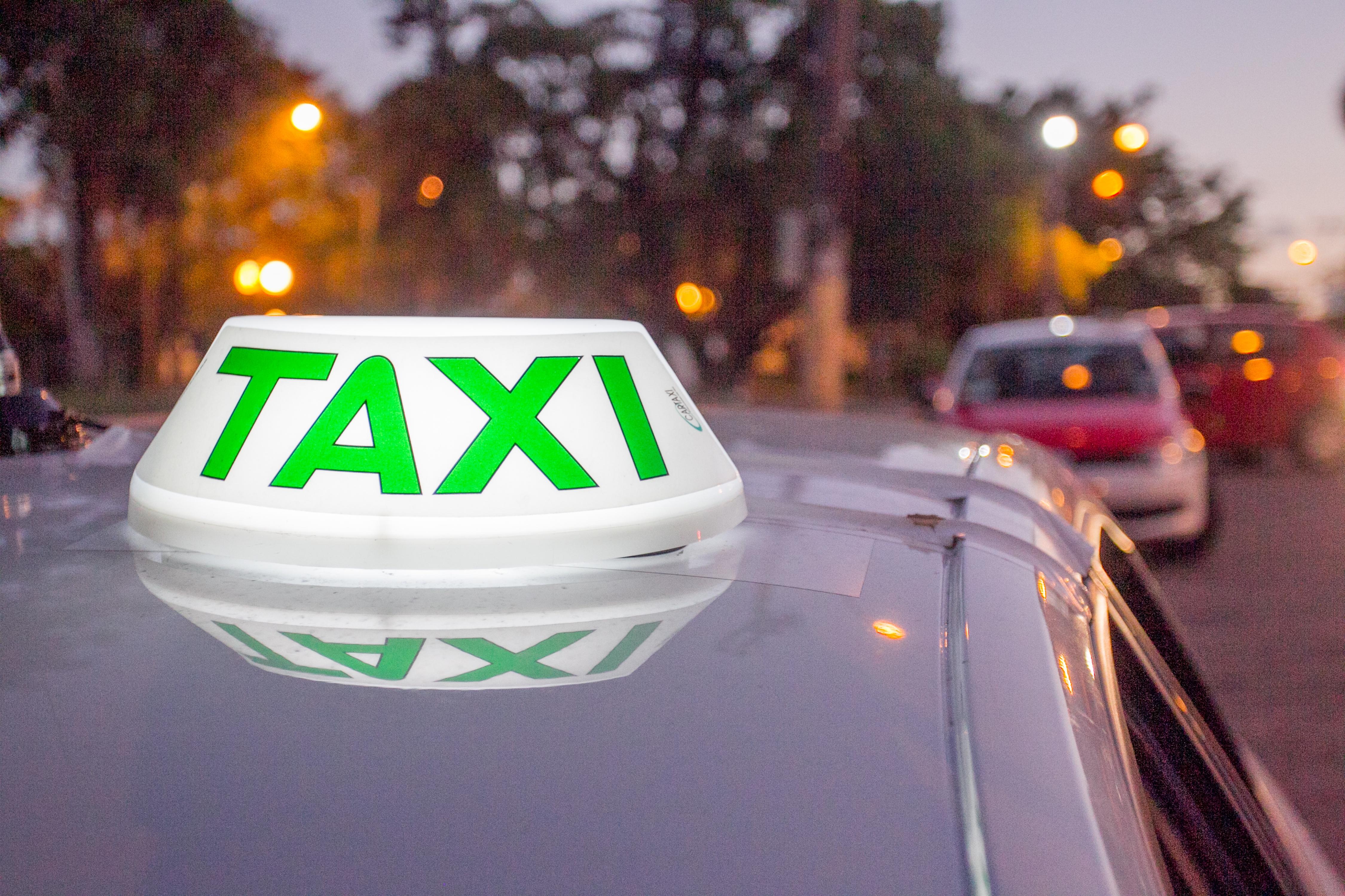 Com o novo app, será possível ter o valor estimado da corrida de taxi - Marco Santiago/Arquivo/ND