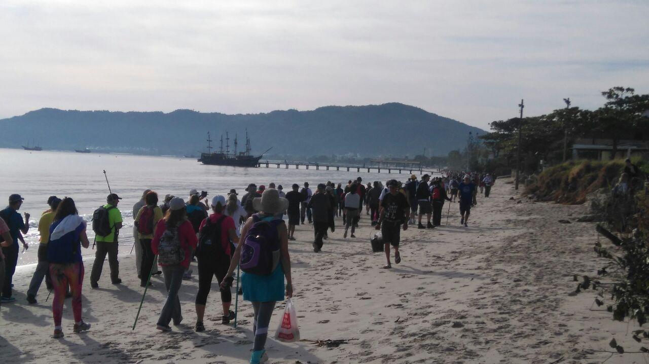 Os participantes vão passar por quatro igrejas da região - Dariele Gomes/ND