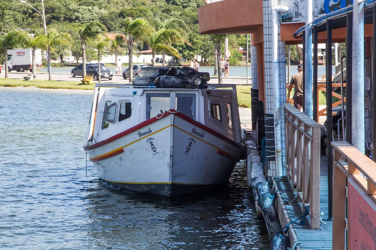 Os barcos da Cooperbarco continuavam operando com a metade dos horários nesta terça-feira - Daniel Queiroz/ND