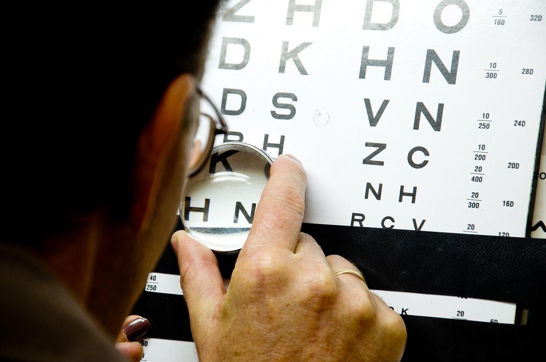 O encaminhamento para o serviço de reabilitação visual e adaptação de prótese ocular da FCEE é feito pelas Unidades Básicas de Saúde - Débora Klempous/Arquivo/ND