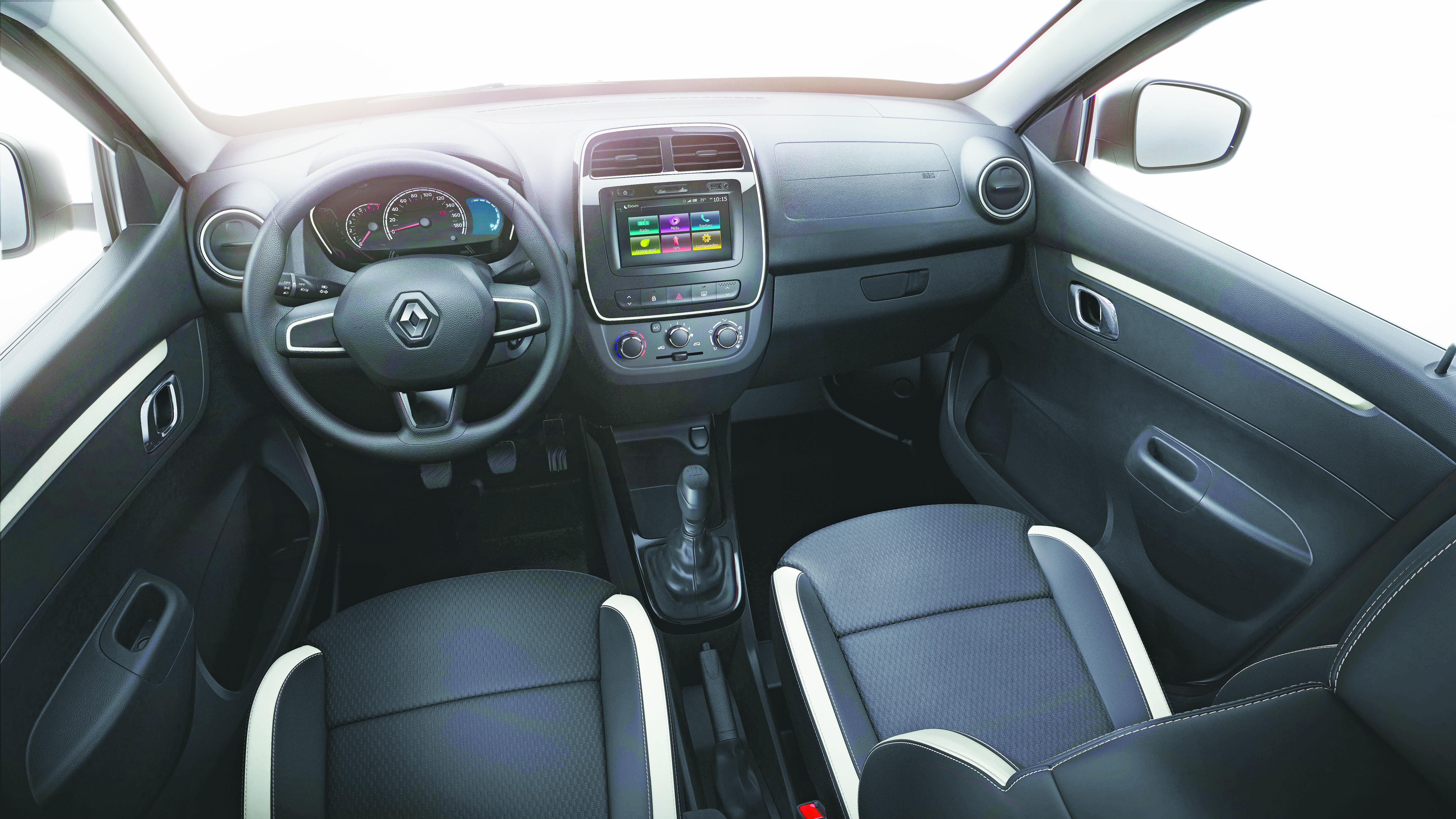 Media Nav é item de série da Intense, a versão top de linha do novo compacto da Renault - Renault/Divulgação/ND