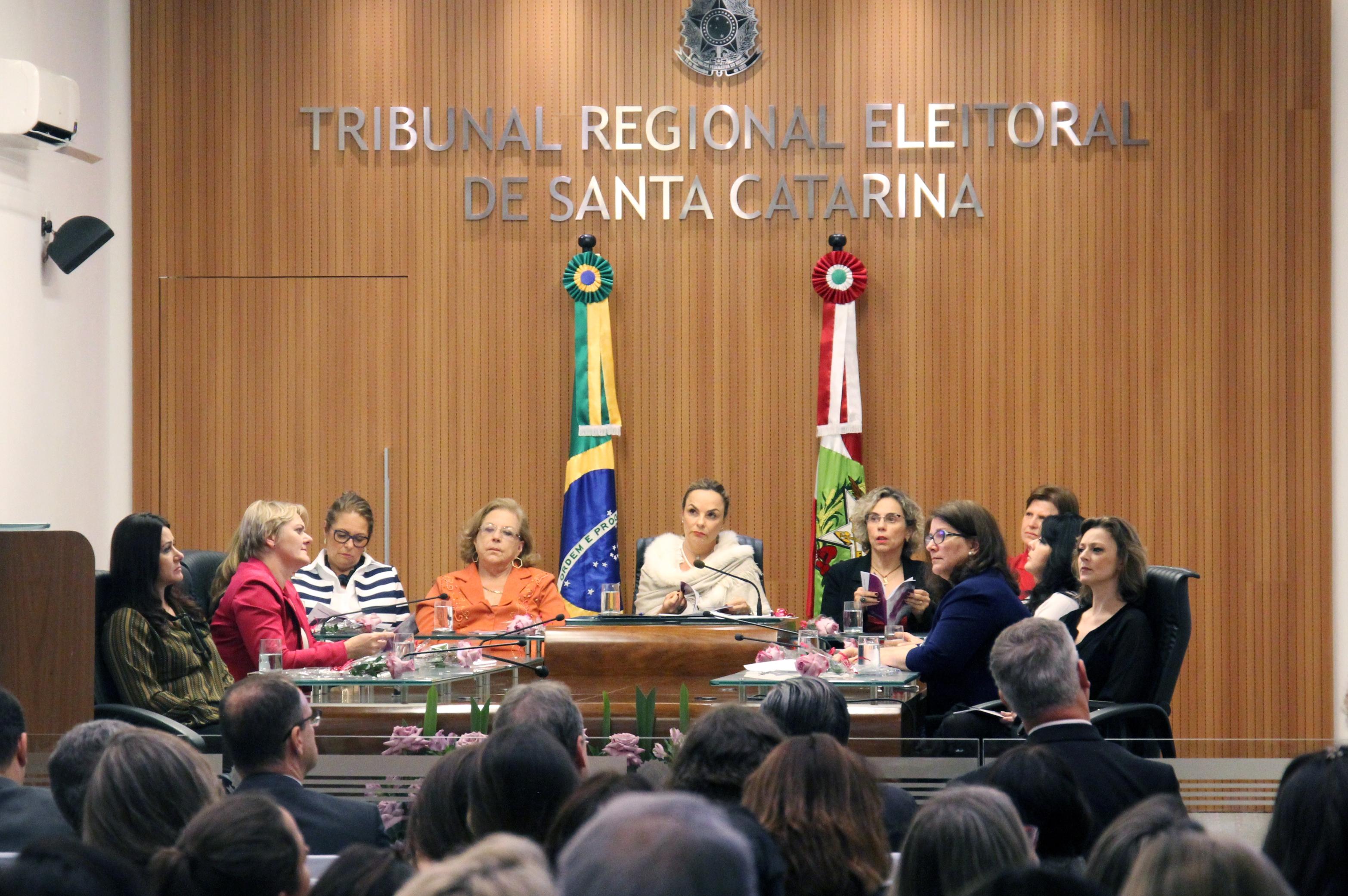 TRE-SC lança campanha para incentivar participação de mulheres na política - TRE-SC