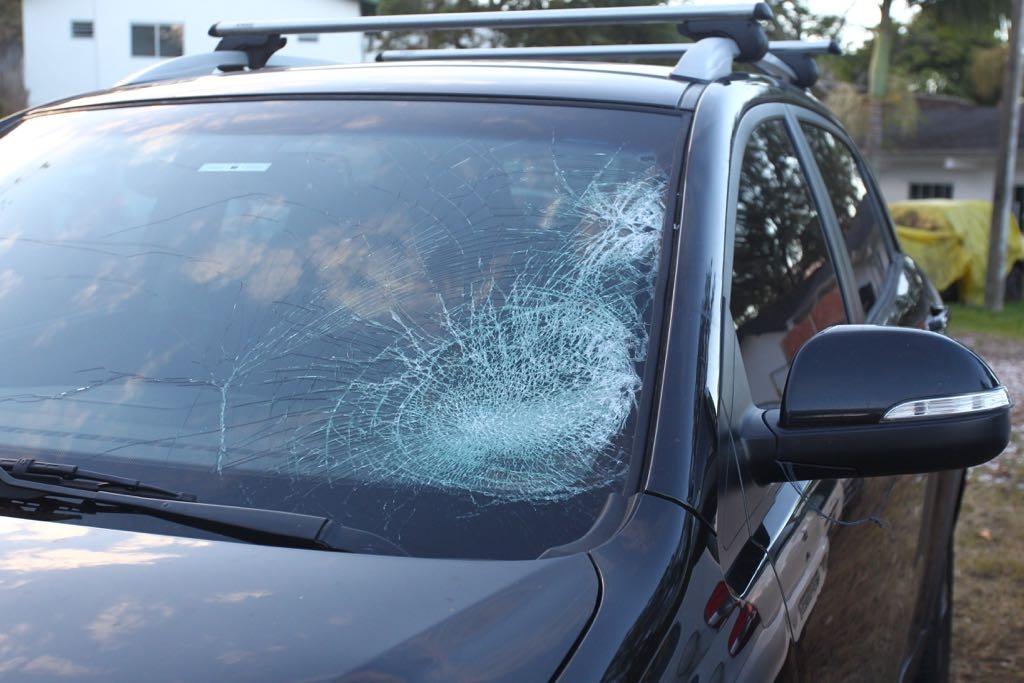 O condutor do Ssangyong foi abordado na avenida Beira-Mar Norte e o carro ficou apreendido na delegacia - Marco Santiago/ND