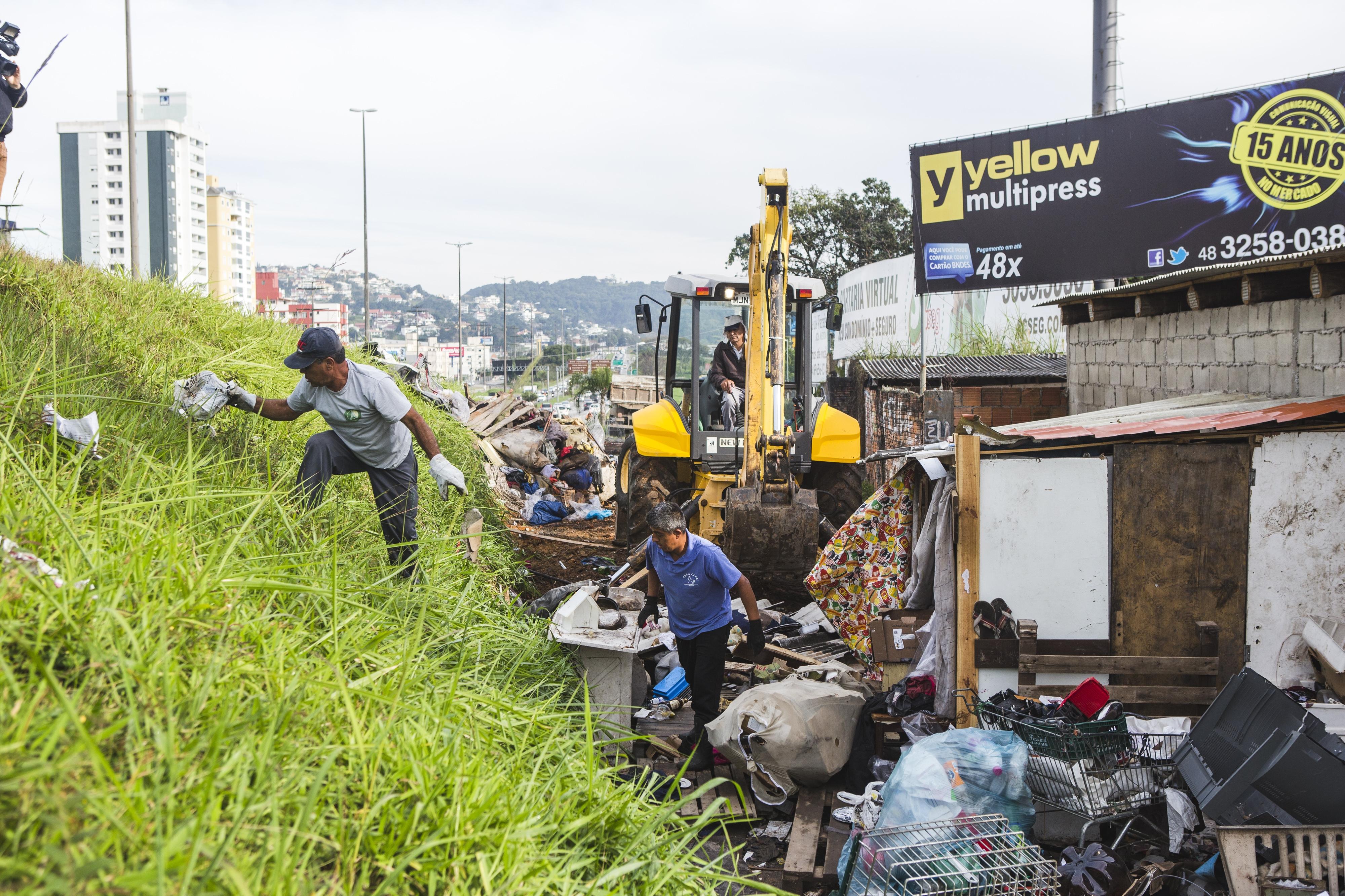 Entulhos e barracos deixados na região foram retirados - Daniel Queiroz/ND