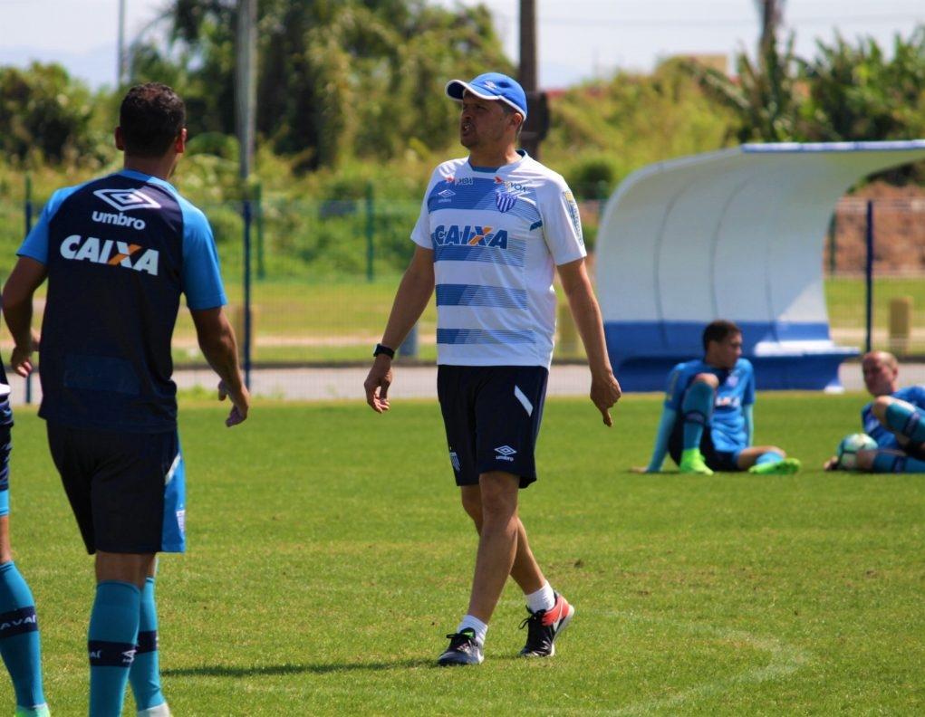 Claudinei Oliveira tem retrospecto de 30 vitórias, 17 empates e 17 derrotas - André Palma Ribeiro/AFC/ND