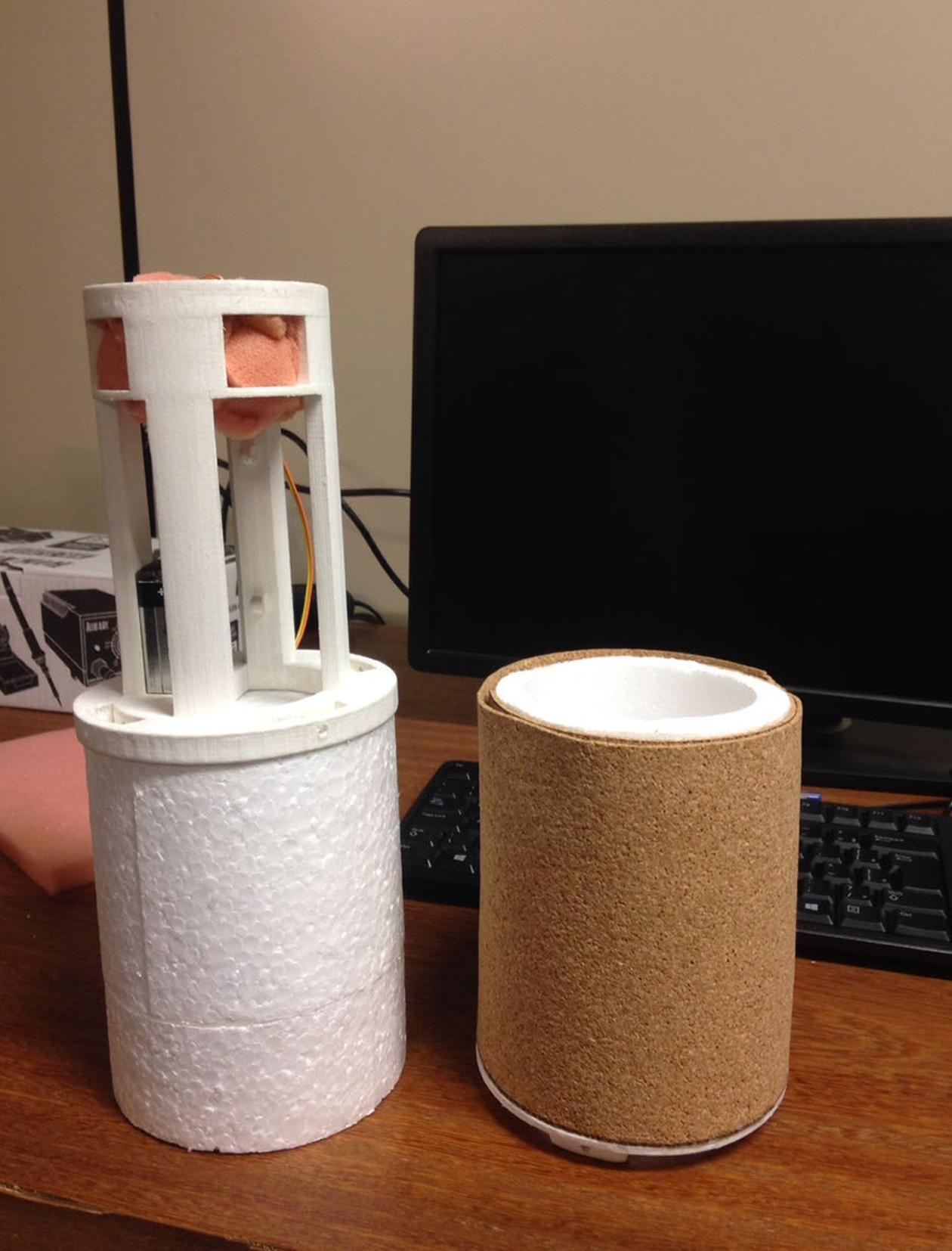 Alunos desenvolverão satélites usando latas de refrigerantes - Divulgação/UFMG/ND